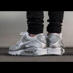 Metallic silver air max 90